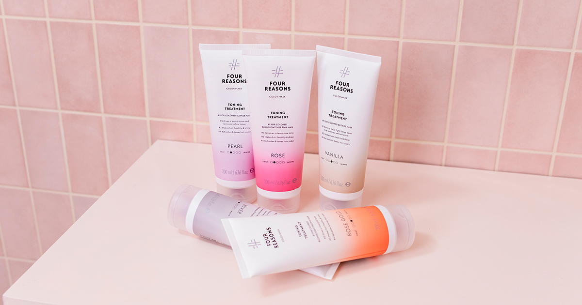 Hiusten sävytys kotona kannattaa: ylläpidä hiusväriäsi sävyttävällä shampoolla ja hoitoaineella!